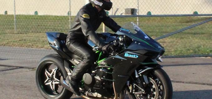 Jeremy Teasley Kills it on the Kawasaki Ninja H2