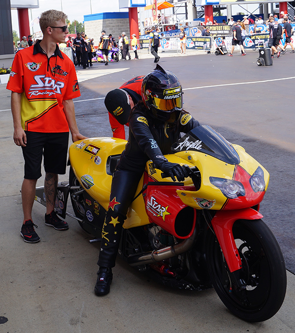 15-1020-star-racing-05