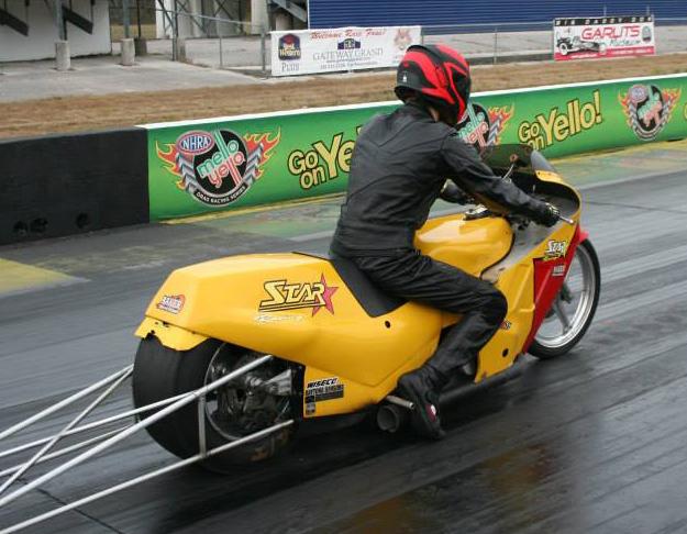 15-1020-star-racing-06