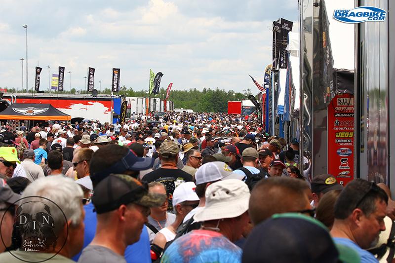 16-0604-tf-harley-crowd