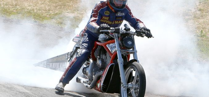 ANDRA : The Moving Man Takes the Modified Bike Win
