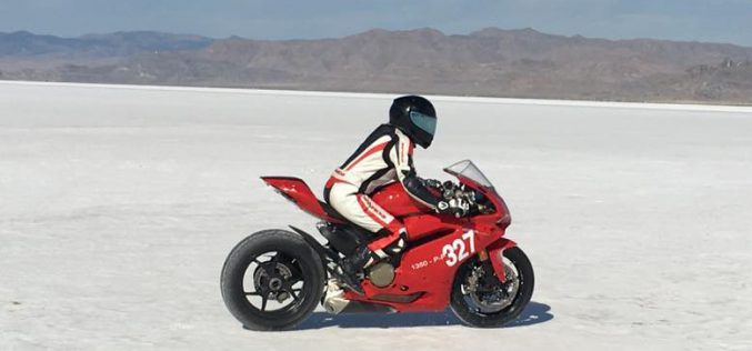 Motorcycle Land Speed Racing : The Hype