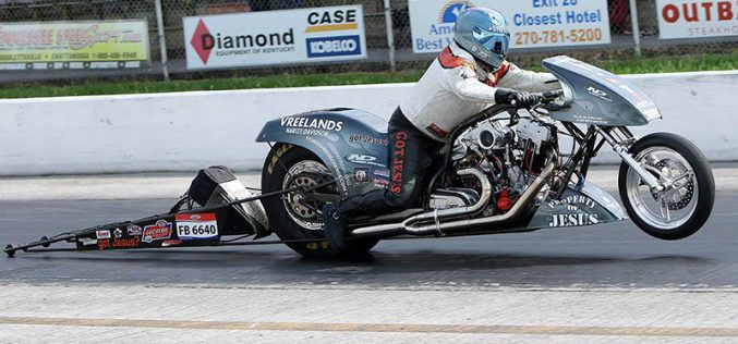 Vreeland Starts AMRA Nitro Funny Bike Title Defense with 2 wins in a Row