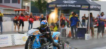 Ian King : Gulf Oil Drag Racing in North Carolina