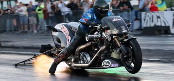 AMRA : Furr Gets Upset in Ray Price Top Fuel Challenge