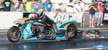 Ian King : Gulf Oil Drag Racing at the Rock