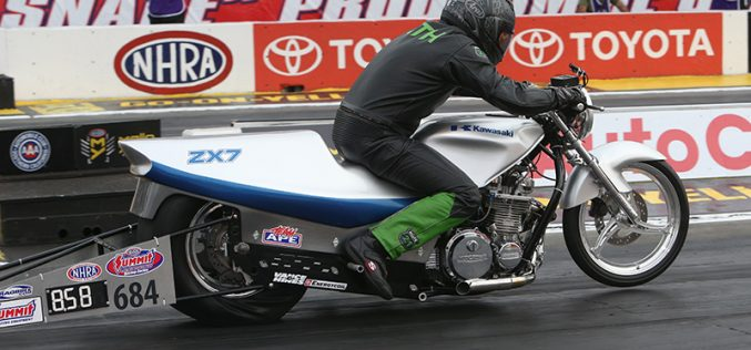 2017 NHRA ET Motorcycle National Champion : Riley Toth