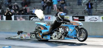 Gulf Oil Drag Racing Shines at Man Cup World Finals in USA