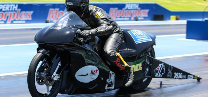 Pro Stock Motorcycles chase first SIX-second run at Motorplex