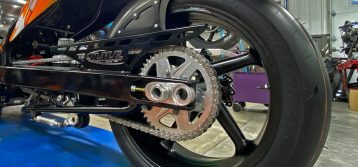 Dunlop Motorcycle Tires Builds Its First Drag Racing Tire: Dragmax 190/50-17