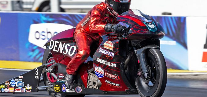 NHRA Teams AMP up for the Third Event at Famed Lucas Oil Raceway
