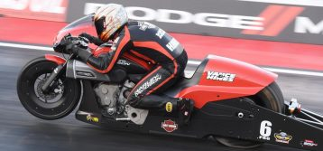 Harley-Davidson FXDR Dominated In Pro Stock Motorcycle Debut
